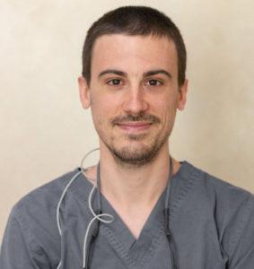 dr-octavi-camps-cirugia-bucal-e-implantes-dentales-en-barcelona-clinica-vas