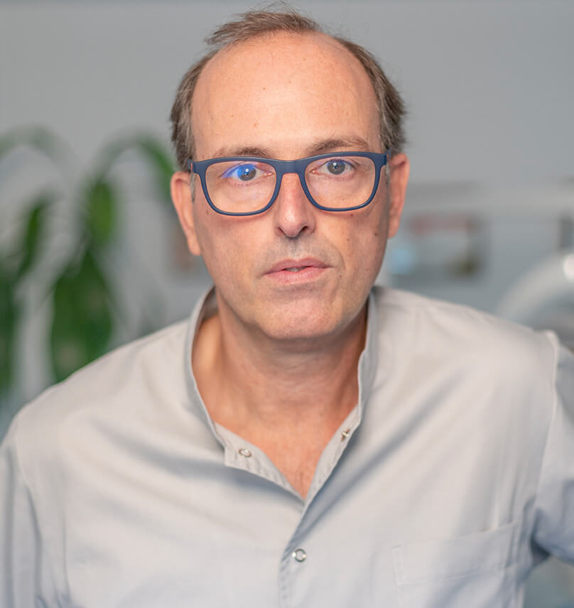 dr-toni-anglada-ortodoncia-barcelona-clinica-vas-04